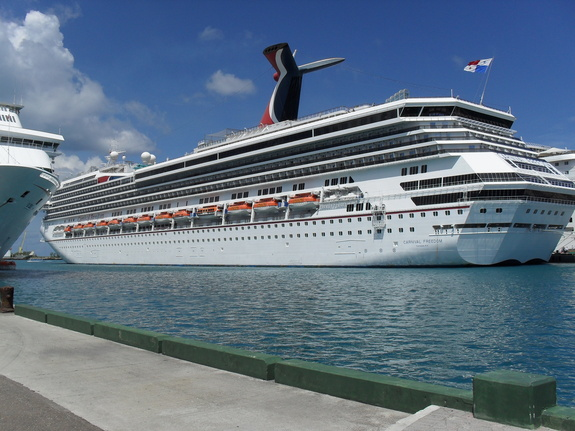 Freedom Carnival Cruise Ship Pictures Photos  Punchaoscom