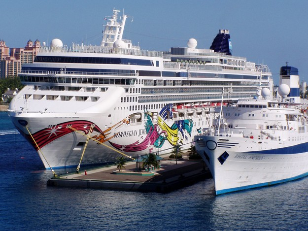 Carnival Cruise Liberty Video Detlandcom - Pictures of carnival liberty cruise ship