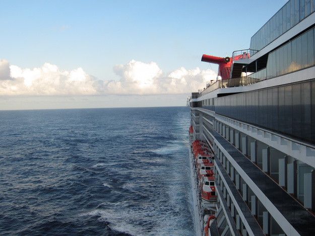 Carnival Cruise Lines - Carnival Miracle