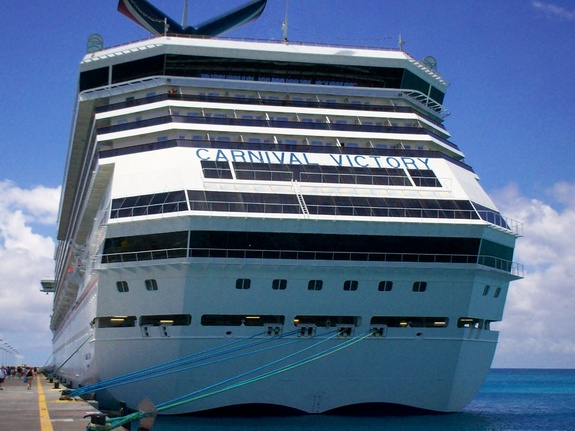 Cruise Ships Carnival Victory Photo - Cruise ship victory