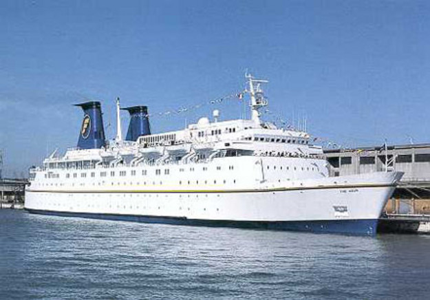 Chandris Fantasy Cruises - The Azur