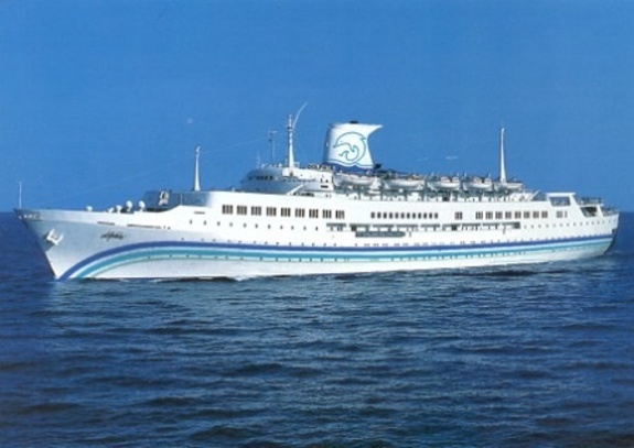 Dolphin Cruise Lines - Dolphin IV