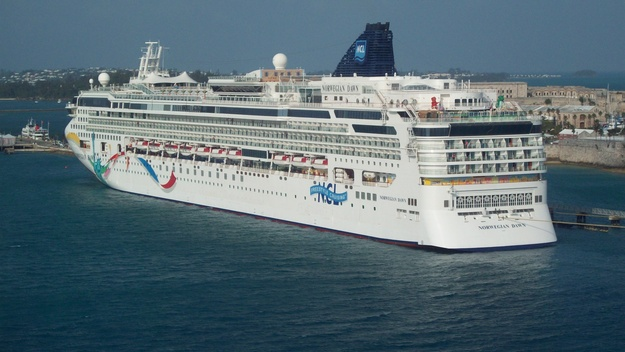 Norwegian Cruise Line - Norwegian Dawn