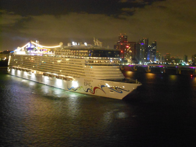 Norwegian Cruise Line - Norwegian Epic
