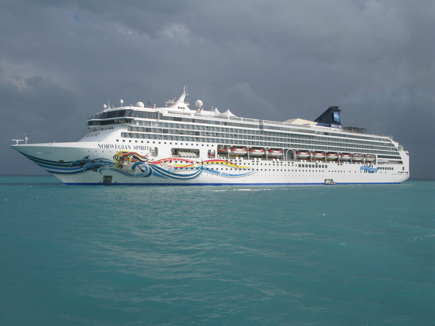 Norwegian Cruise Line - Norwegian Spirit