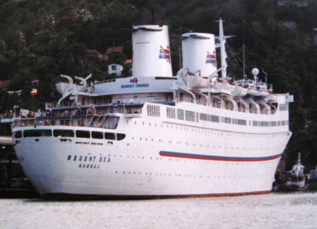 Regency Cruises - Regent Sea